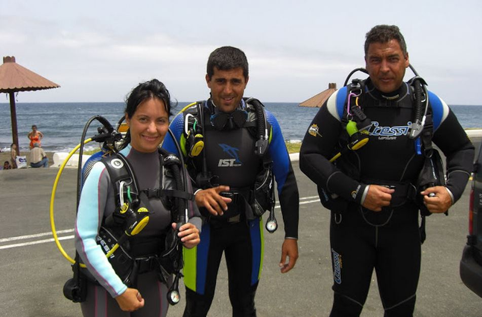 Advanced Divers ACUC