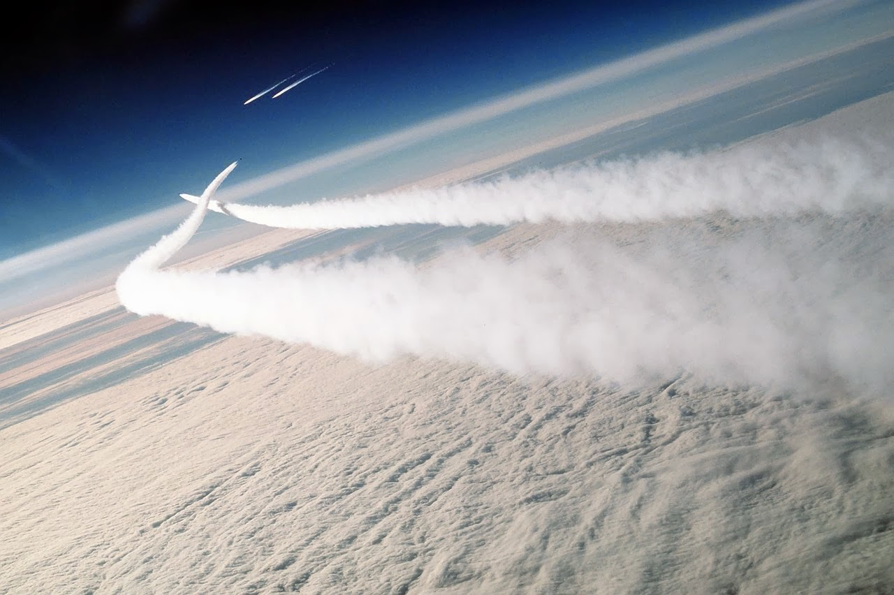 Planetary Weapons and Military Weather Modification: Chemtrails, Atmospheric Geoengineering and Environmental Warfare