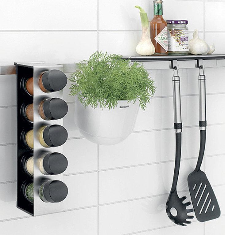 Decoraci n f cil accesorios de pared para organizar la cocina for Accesorios de cocina