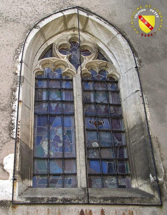 BULLIGNY (54) - Église de la Nativité-de-la-Vierge (Extérieur) - Baie gothique