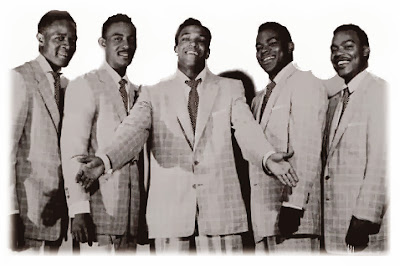 my favorite cover of irving berlins white christmas was the clyde mcphatter and the drifters version i had this tune on a 45 then 8 track and now mp3 - White Christmas By The Drifters