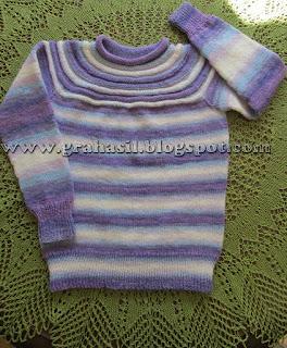 Sweterki i spódniczki dla Sary