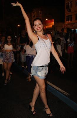 A atriz Agatha Moreira será musa no Carnaval 2016
