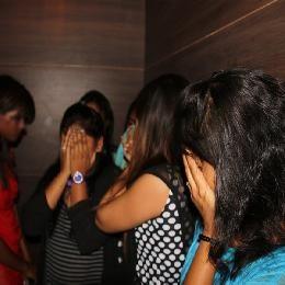 sex-reket-in-indore-mp-india-इंदौर में पकड़ाया हाई प्रोफाइल सेक्स रेकेट