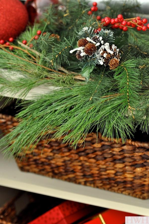 Festive holiday decor - fresh garland | Honey We're Home