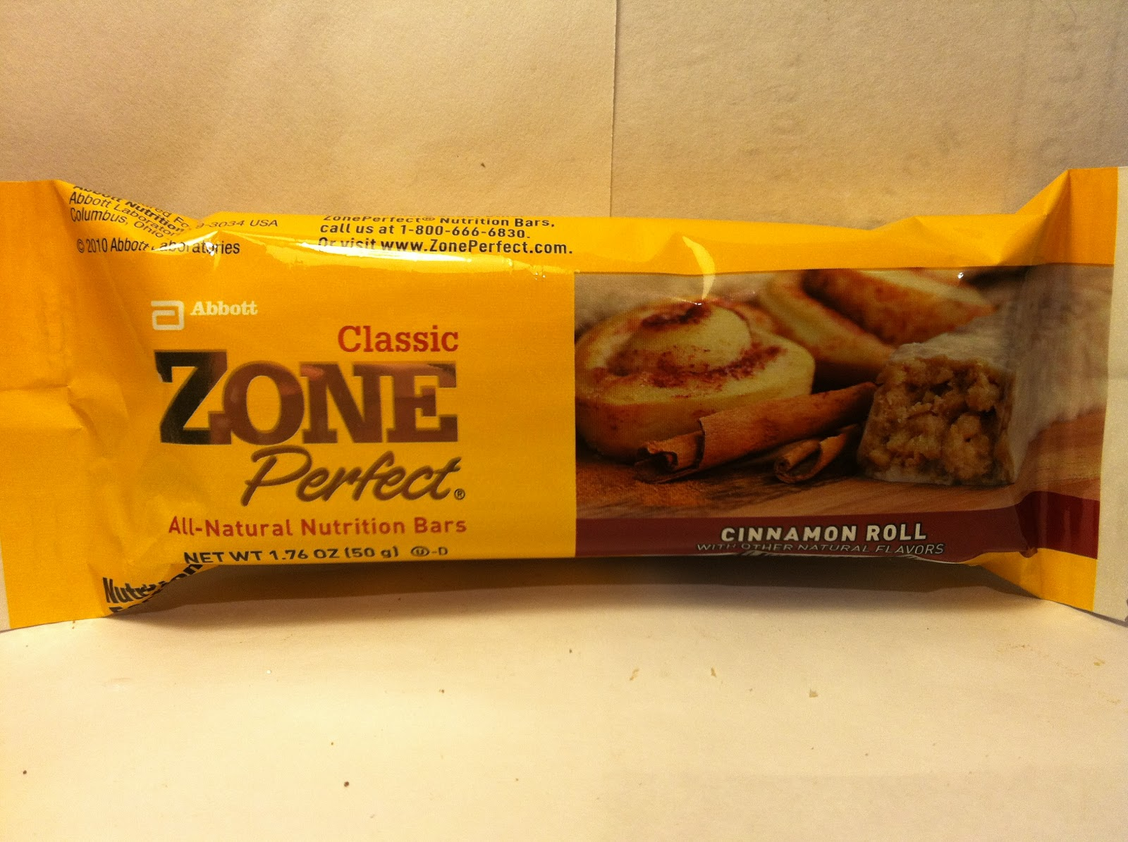 Crazy food dude review zone perfect cinnamon roll for Food bar t zone