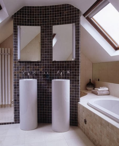 Double Sinks For Small Bathrooms : Beautiful Abodes: Small Bathrooms Can Have Double Sinks?!