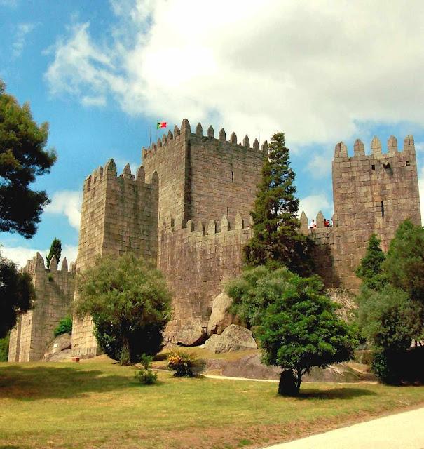 O local foi campo de uma batalha decisiva para a formação de Portugal