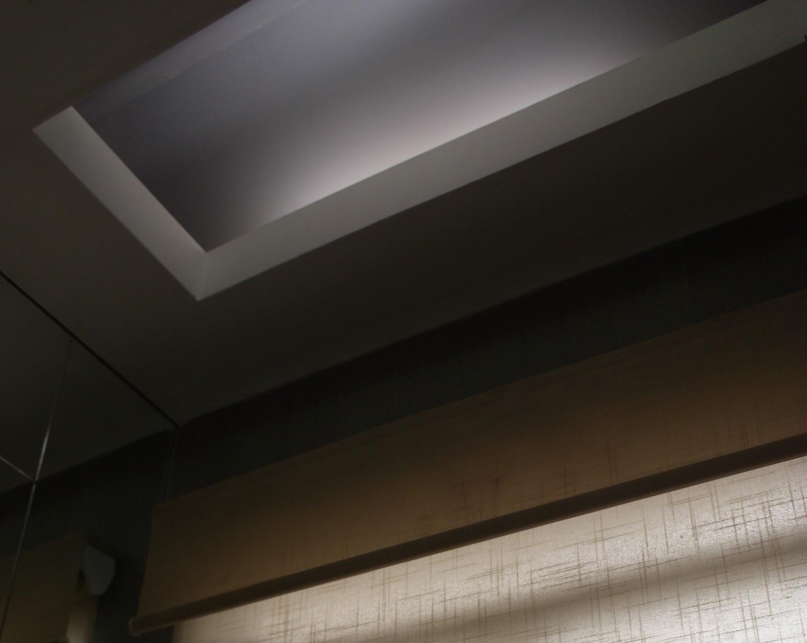 Espejos con luz colocaci n de azulejos y plafones para for Plafones luz pared