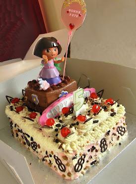 Gâteau Dora - Forêt Noire et Double Chocolate