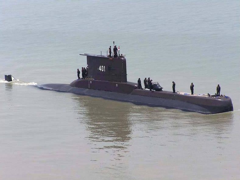 Indonesia Defense News: Indonesia's Submarine Play