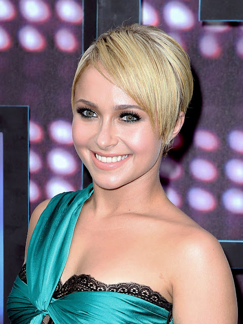 Pixie haircuts for Women 2012