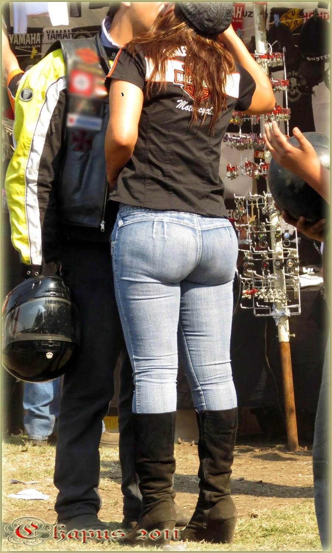 Culona en jeans sin bolsas a rebentar - 4 4