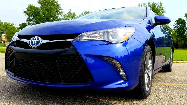 toyota camry 2015 blue. toyota camry hybrid se 2015 blue crush metallic review drivetoyota