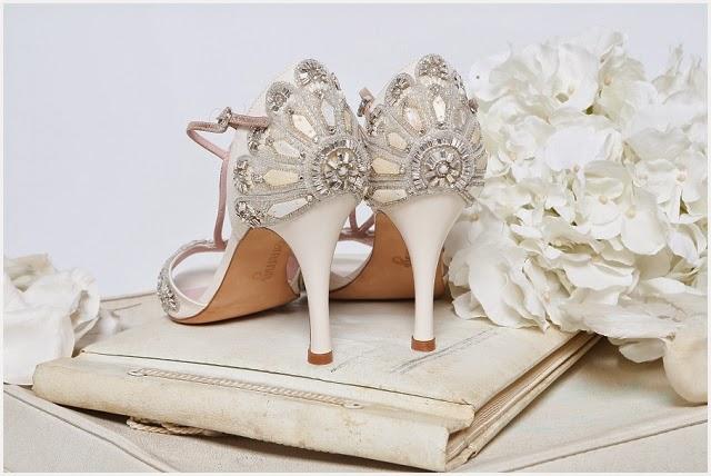 enamórate de tus zapatos de novia en mr. right - quiero una boda