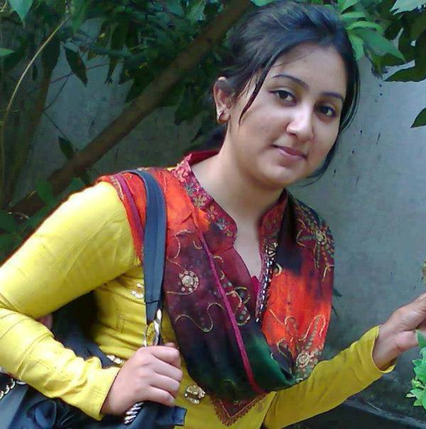 pakistani simple girls images