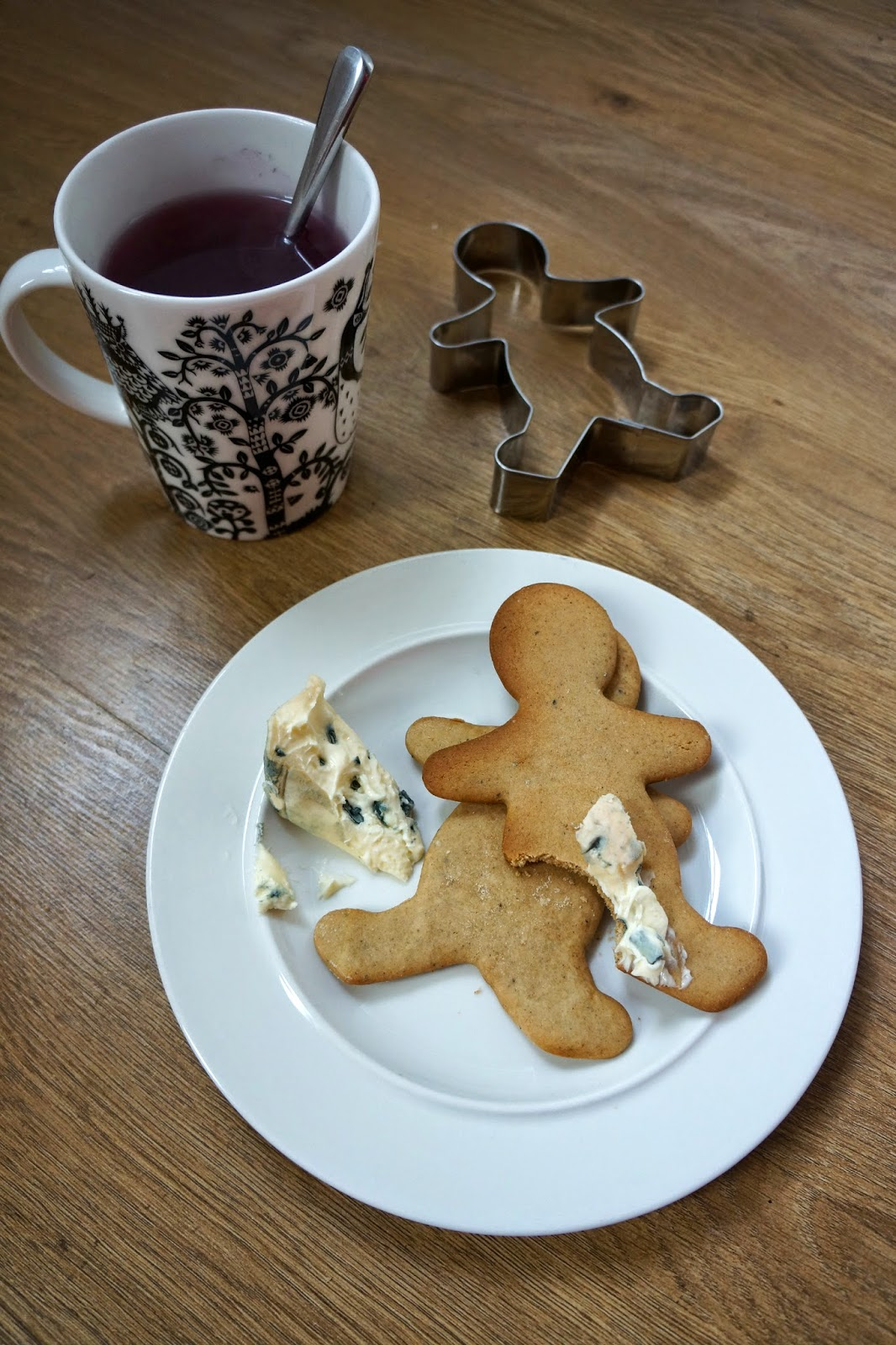 traditional finnish scandinavian gingerbread biscuits with blue cheese