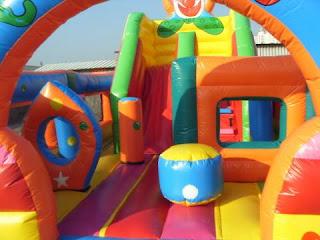 istana balon circus