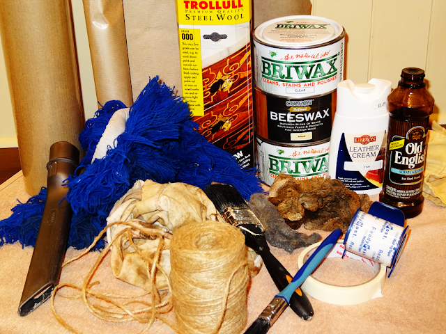 #antiques #furniture polish #briwax #beeswax #shining #buffing #cleaning #fmfcompagnie