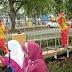 Kegiatan outdoor di Taman Jalakaca Juanda yang dilaksanakan oleh TK Al-Amin Sidoarjo , 16 Februari 2013 ^__^