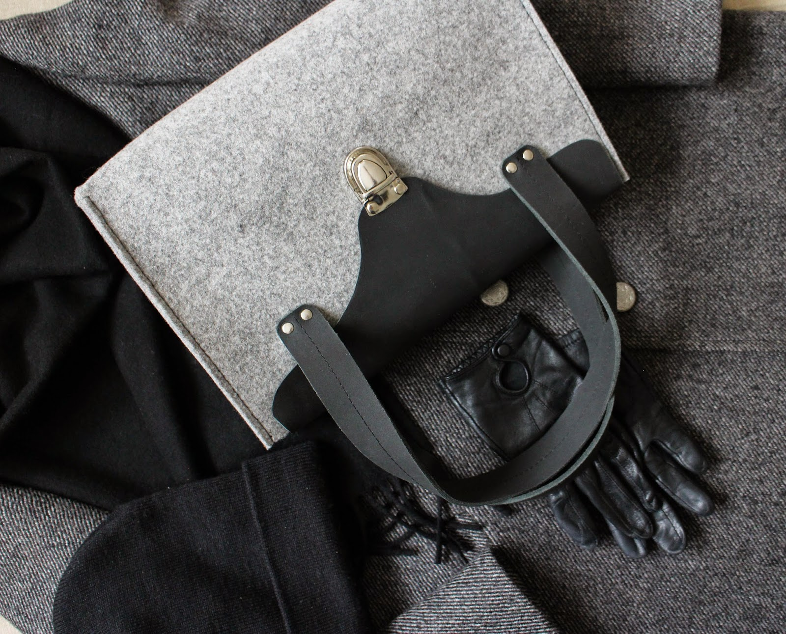 кожаная серая женская сумка