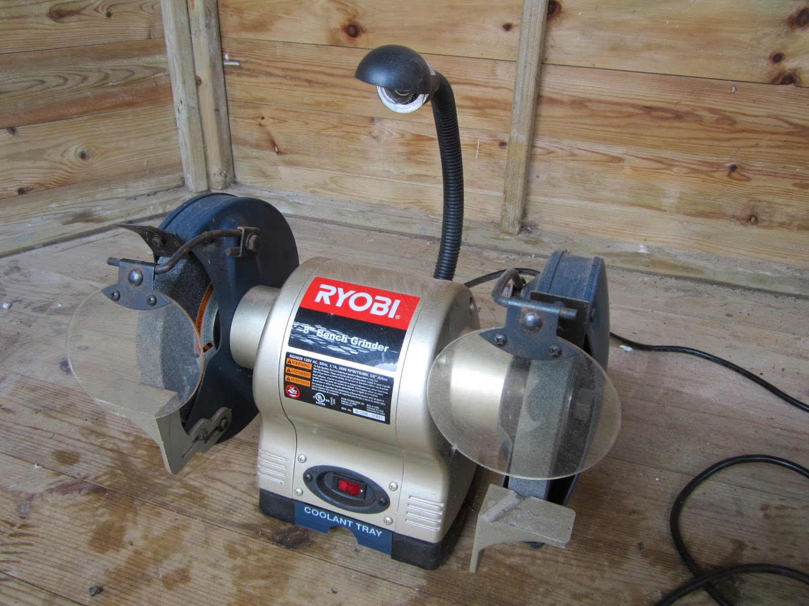 120v Equipment In The Uk Ryobi Bgh826 8 Bench Grinder