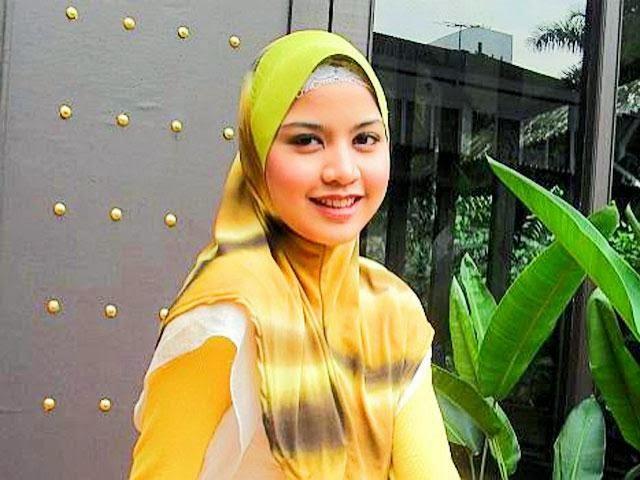 Lisa Surihani Rakamkan Video Beri Kata Semangat Buat Keluarga Mangsa Mh370