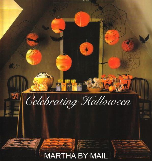 i decided to make it easy for all of you who love collecting martha by mail and adore celebrating halloween by combining the best ideas that were once a
