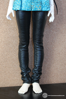 inEssence Creations - Minifee Pleather Pants