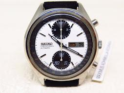 SEIKO CHRONOGRAPH PANDA WHITE DIAL - AUTOMATIC 6138