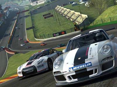 Real racing 3 (Android dan iOS)