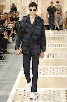Louis-Vuitton, menswear, collection, spring-summer, road-trip, paris-fashion-week, fashion-week, semaine-mode, mode-a-paris, preppy, denim-jacket, damier-patchworks, monogram-bandana, footwear, du-dessin-aux-podiums