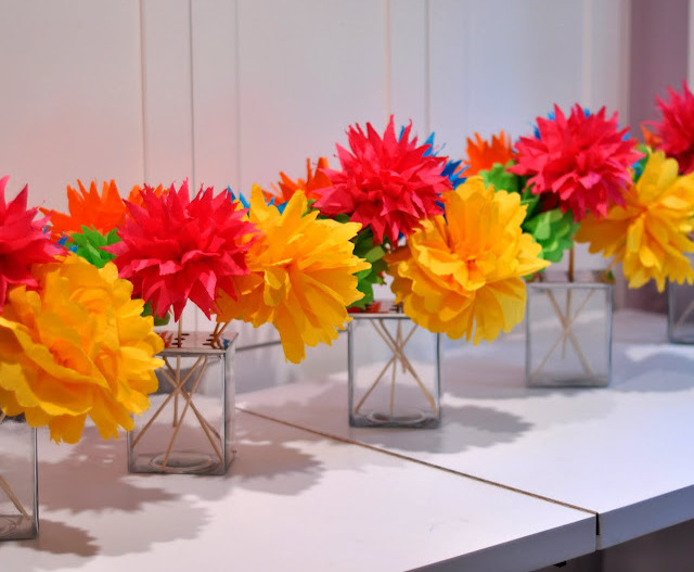 Decorating With Fiestaware Create Lots Of Paper Poms To Add A Festive Flare To Your Tables