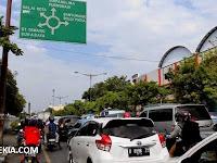 Jelang Ramadhan, Sepanjang Jalan di Semarang Macet