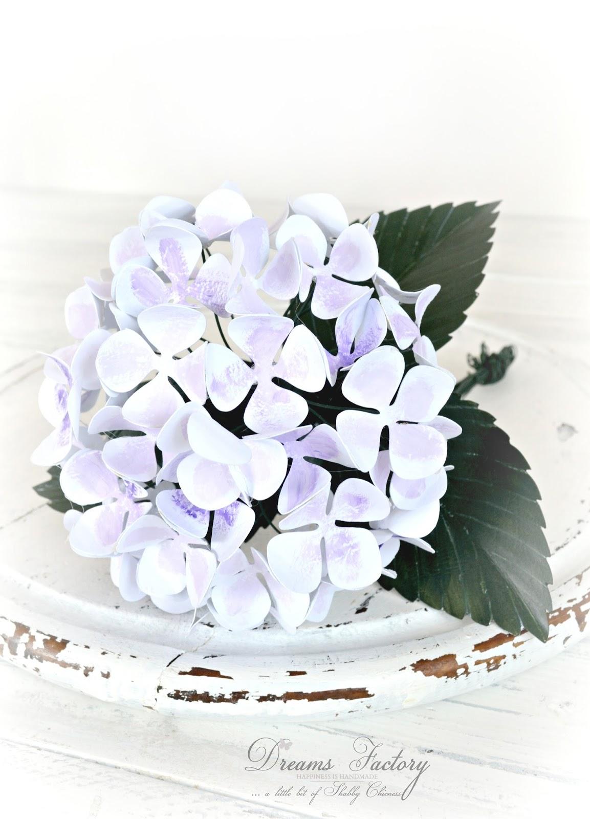 DIY: Delicate Paper Hydrangeas and a 5 minute French pitcher revamp / Tutorial: Hortensii delicate din hartie si o carafa frantuzeasca gata in 5 minute
