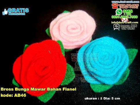 Bross Bunga Mawar Bahan Flanel Flanel