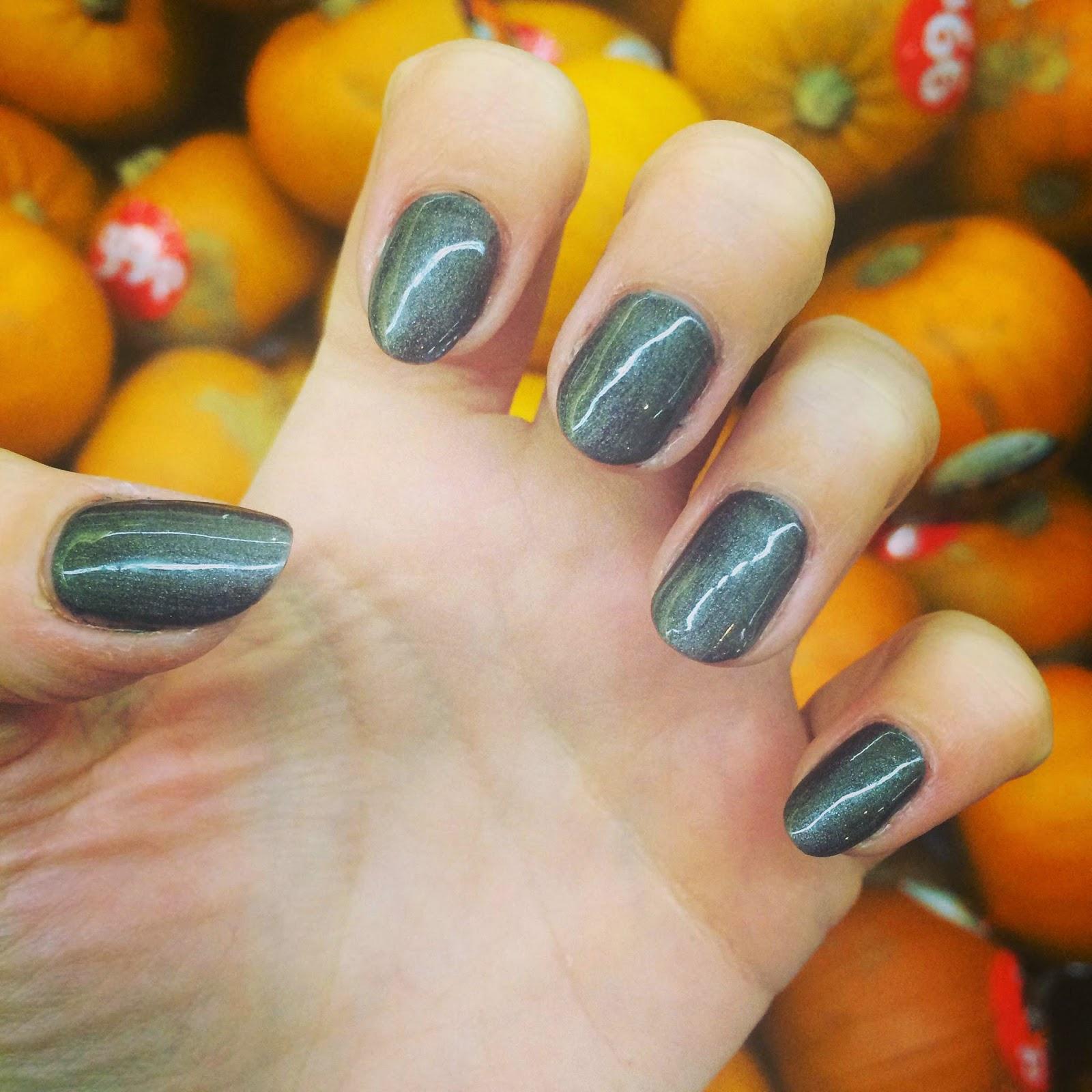 Nails & Pumpkins