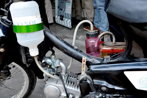 Satu Lagi Inovasi Karya Anak Bangsa, Penemuan Sepeda Motor Berbahan Bakar Air
