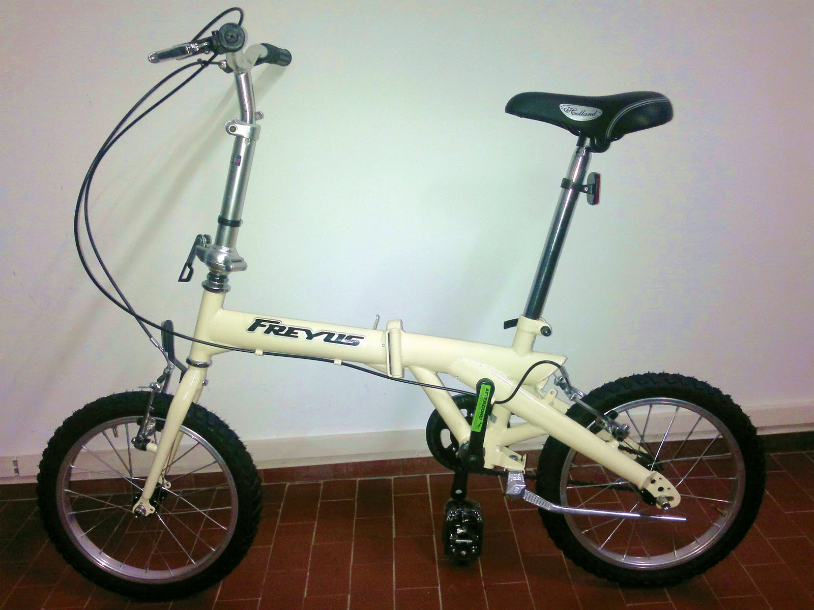 Biciclette pieghevoli bicicletta pieghevole con ruote da for Bici ripiegabili