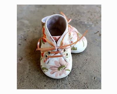 https://www.etsy.com/listing/157417688/fabric-baby-shoes-flowers-floral-cotton?ref=favs_view_6