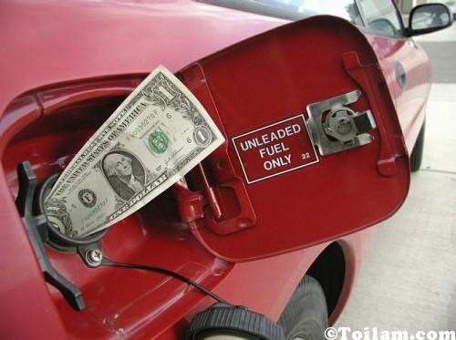 Tiết kiệm xăng trong thời bão giá