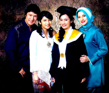 Wisuda di FIB, UI, IsabellaFawzi anak Ikang Fawzi & Marissa Haque