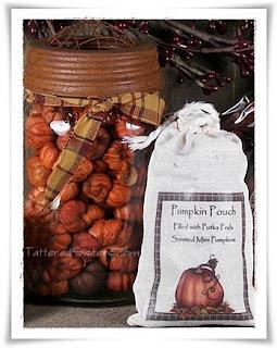 Primitive Pumpkins Putka Pods