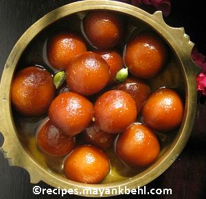 chocolate-filled-gulab-jamun-recipe