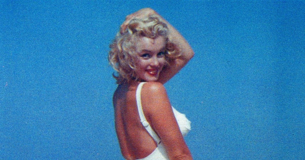 Daily Lazy Marilyn Monroe At The Beach