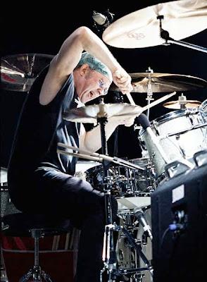 7 Drummer Terbaik di Dunia