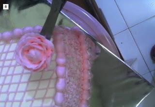 tips cara Menghias Kue Tart Cantik Pesta Ulang Tahun