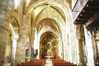 Villaviciosa, Valdediós, monasterio de Santa María, iglesia, nave central