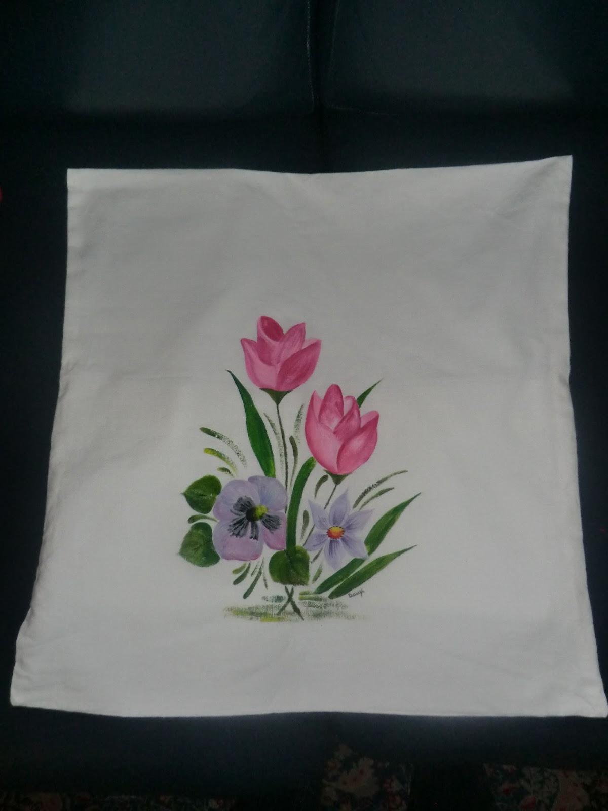 Daniela e laura decorazioni cuscini dipinti a mano for Cuscini dipinti