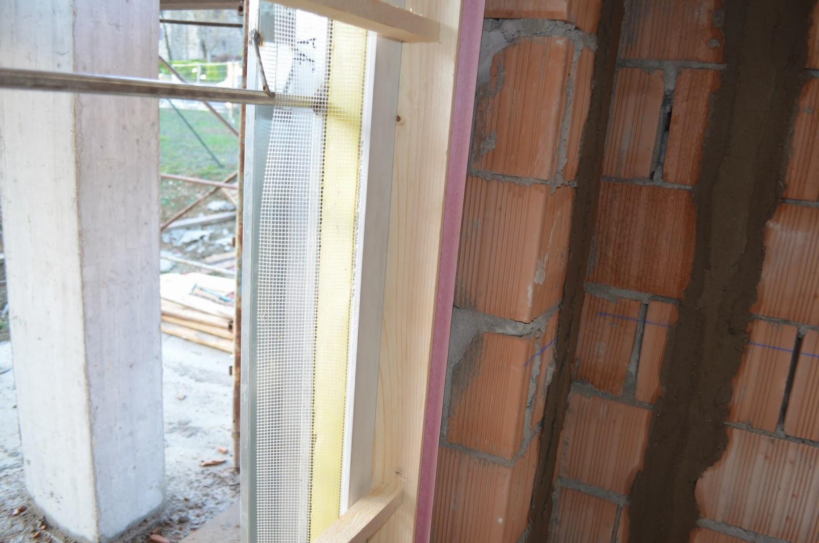 Casa delle ginestre muri divisori e controtelai di porte - Controtelai per finestre ...